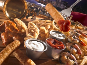 The Chi Town Tasting Plate. Photo Credit: unos.com